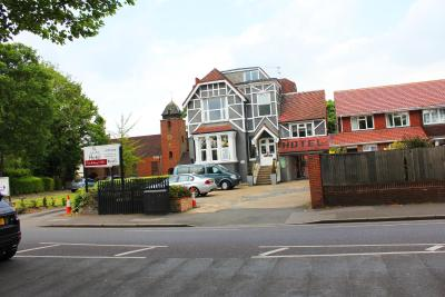 Gidea Park Hotel - Laterooms