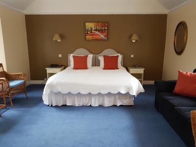 The Wheatsheaf Hotel - Laterooms