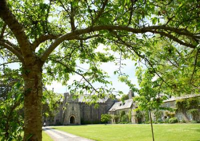 Dartington Hall - Laterooms