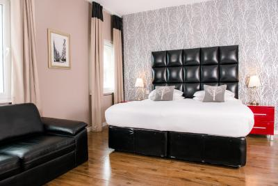 The Royal Hotel Cardiff - Laterooms