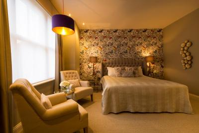 The Orchid Hotel - Laterooms