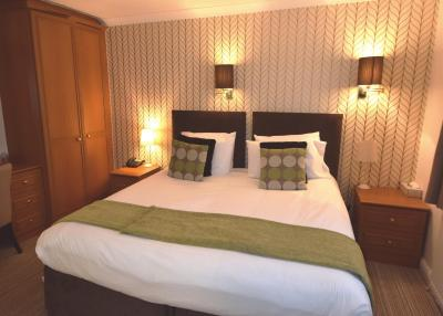 The Riverhill Hotel - Laterooms