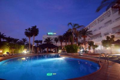 Hotel Apartamentos Mexico - Laterooms