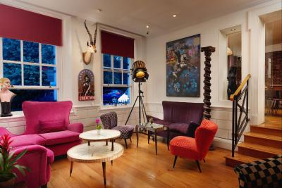 Berkeley Square Hotel - Laterooms