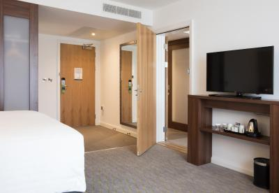 Hampton by Hilton Exeter Airport - Laterooms