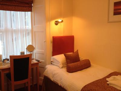 Lombard House Hotel - Laterooms