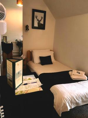 The Palms Hotel - Laterooms