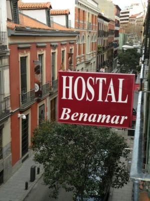 Miguel Angel Hostal Residencia - Laterooms