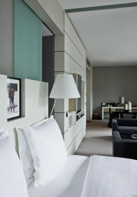 Sofitel Hamburg Alter Wall - Laterooms