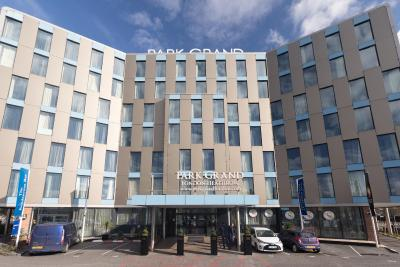 Best Western PLUS Park Grand London Heathrow Gateway - Laterooms