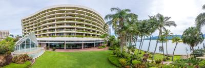 Hilton Cairns - Laterooms