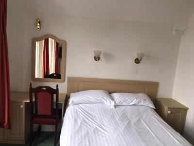 Ash Hotel - Laterooms