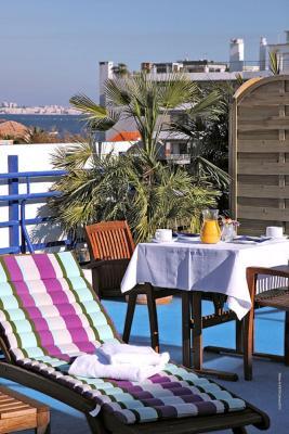 Hôtel Palm Beach - Laterooms