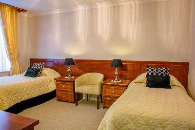 Revelstoke Hotel - Laterooms