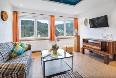 Hotel Schöne Aussicht Garni - Laterooms