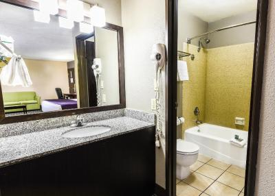 BEST WESTERN McCarran Inn - Laterooms