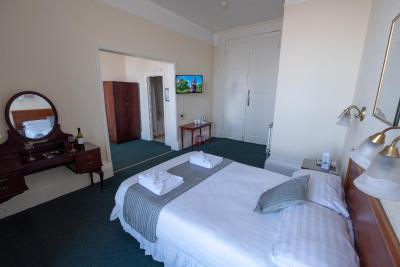Royal Lion Hotel - Laterooms