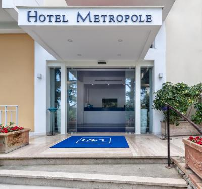 Hotel Metropole - Laterooms