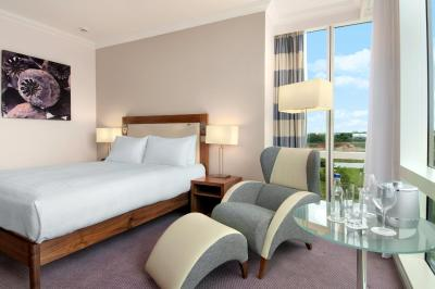 Hilton Reading - Laterooms