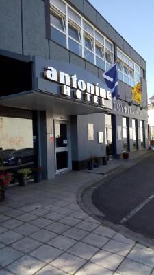 The Antonine Hotel - Laterooms