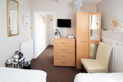 Rosaire Guest House - Laterooms