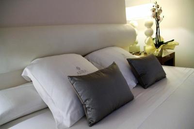 ANBA Bed&Breakfast; Deluxe - Laterooms
