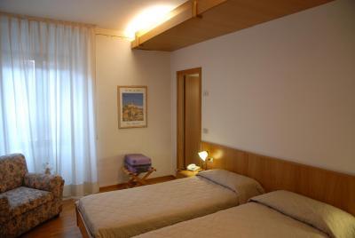 HOTEL WANDA - Laterooms