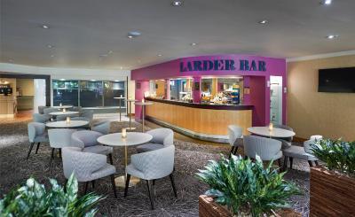 Hilton Bracknell - Laterooms