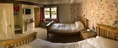 Neeld Arms - Laterooms