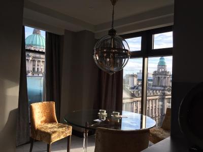 Ten Square Hotel - Laterooms