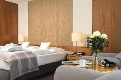 MARITIM Airport Hotel Hannover - Laterooms