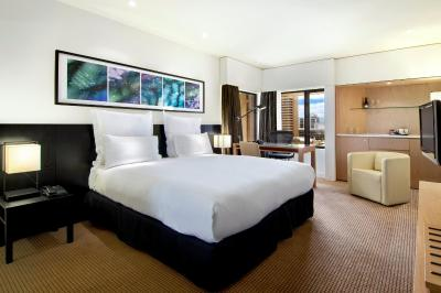 Hilton Adelaide - Laterooms