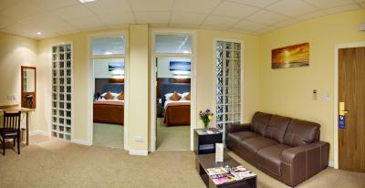 Ibis Styles London Excel (formerly Custom House Hotel) - Laterooms
