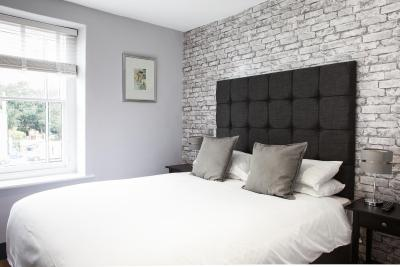 Stow Lodge Hotel - Laterooms