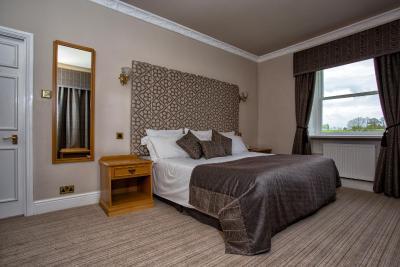 Waterton Park Hotel - Laterooms
