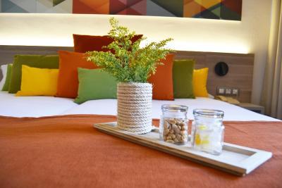 Hotel Escuela Santa Cruz - Laterooms