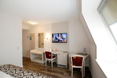 Hotel Märkischer Hof - Laterooms