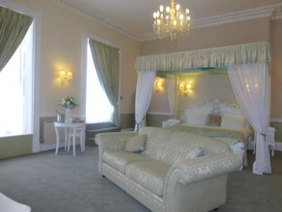 Manor of Groves Hotel - Laterooms