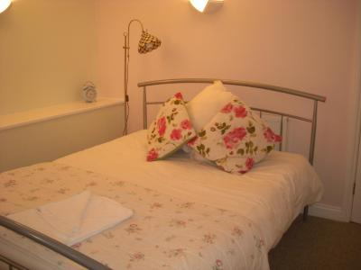 Far End Guest House - Laterooms
