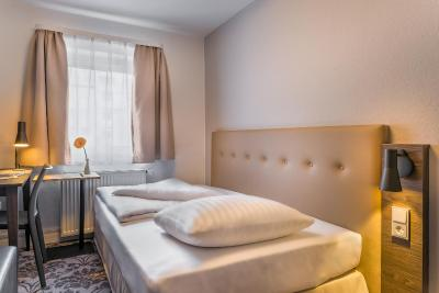 Hotel Garni Astoria Hamburg - Laterooms