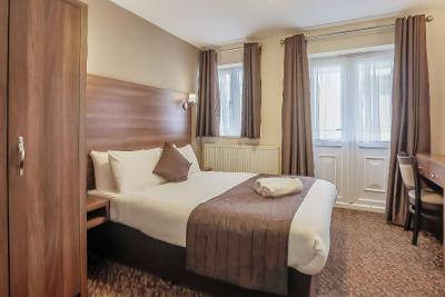 Prince Regent Hotel Excel London - Laterooms