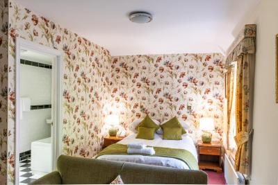 Woodland Manor Hotel - Laterooms