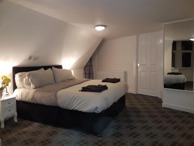 Cross Haven Guest House - Laterooms
