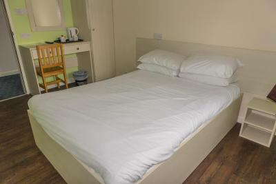 Restover Lodge Hotel Doncaster - Laterooms