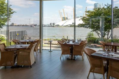 Radisson Blu Edwardian, New Providence Wharf - Laterooms