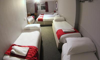 Fairmount Hotel - Laterooms
