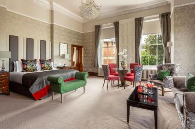 Oulton Hall - Laterooms