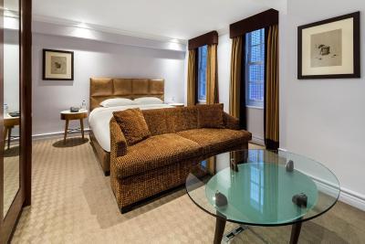 Radisson Blu Edwardian Berkshire Hotel - Laterooms