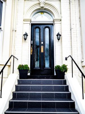 Carlton House - Laterooms