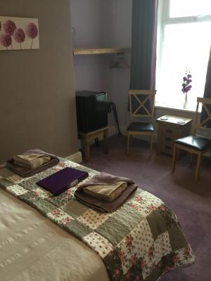 Berwyn Guest House - Laterooms
